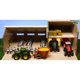 Maštal pro kravičky a přístřeškem pro stroje 1:32 610409
